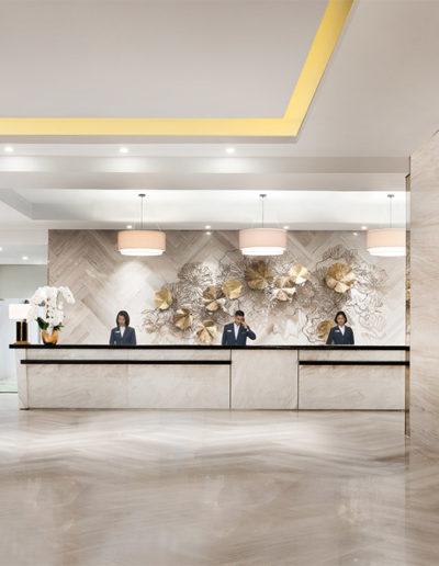 Front Office Area - Holiday Inn & Suite Jakarta Gajah Mada