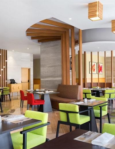 Duta Cafe - Holiday Inn & Suite Jakarta Gajah Mada