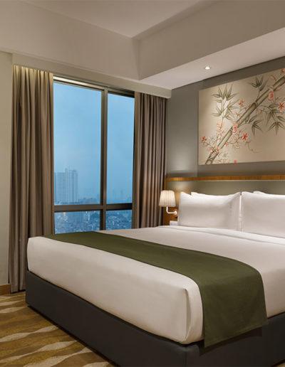 Longstay - Holiday Inn & Suite Jakarta Gajah Mada