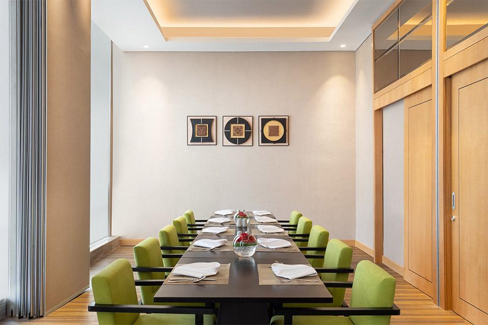 Holiday Inn & Suite Jakarta Gajah Mada